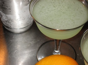 dry and tart absinthe cocktail