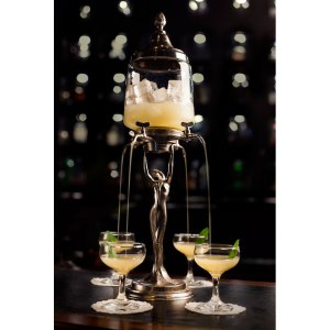 the-Eau-de-Vie-bars-serve-their-cocktail-in-Absinthe-Fountains